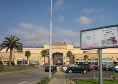 Sernac Malls Y Centros Comerciales No Deben Cobrar Por